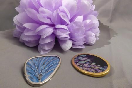 Damenbrosche Blau und Lila; Artikel-Nr.: 879