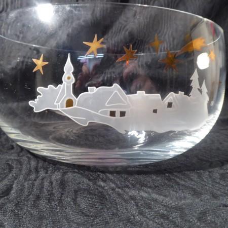 Glasschale mit Winterdorf