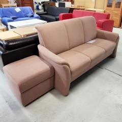 #068 - Sofa (3-sitzer) mit Hocker
