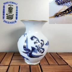 #074 - Vase