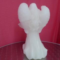 LED Kerze Engel Figur mit geschlossenen Flügeln