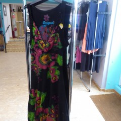 Damenkleid Desigual Schwarz Blüten