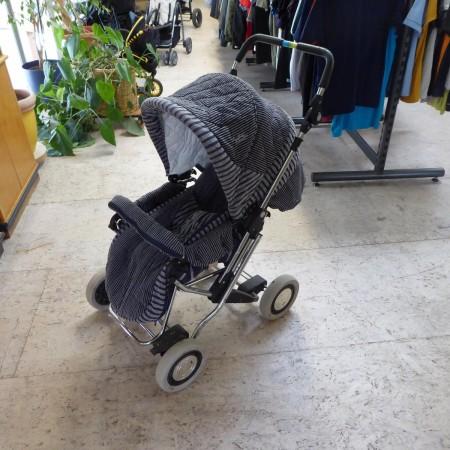 Kinderwagen, Teutonia