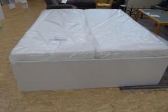 weißes Doppelbett mit Schubladen; Artikel-Nr.: 3002