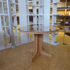 Runder Tisch mit Glasplatte; Artikel-Nr.: 3049