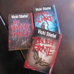 Vicki Stiefel Thriller Bücher