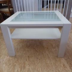Weißer Tisch; Artikel-Nr: 3154